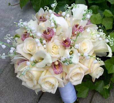 عکس دسته گل کریستال عروس