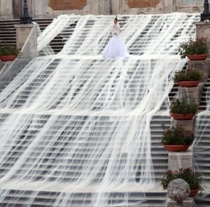 دراز ترین تور لباس عروس جهان ,کرج ,عجیب ترین لباس عروس ,زشت ترین تور لباس عروس,کرج, خفن ترین تور لباس عروس ,کرج ,تهران ,کرج