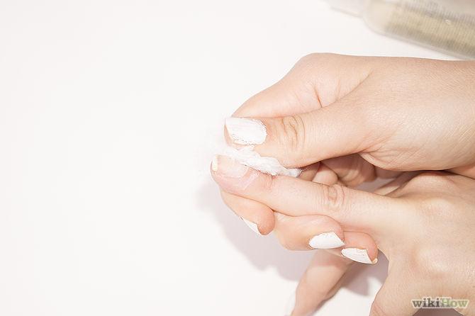 اسپری بدن به عنوان پاک کننده لاک ناخن