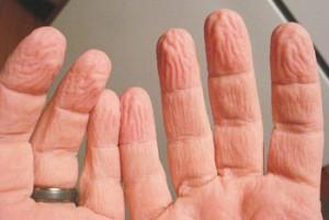 ناخن زیبا داشتن ,داشتن دست زیبا ,مراقبت از ناخن ها